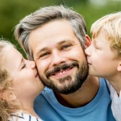 La Fête des Pères dans le monde est un événement majeur. Néanmoins, elle ne tombe pas à la même date pour tous les pays et les traditions différent également beaucoup. Petit tour d'horizon !