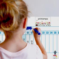 Poutre du temps Montessori à imprimer gratuitement. Imprimez un PDF de la poutre du temps aussi appelé poutre temporelle ou frise temporelle tiré de la pédagogie de Maria Montessori.