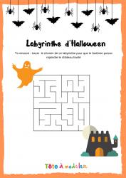 Voici un labyrinthe d'Halloween. Un jeu Halloween à imprimer gratuitement.
