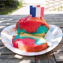 Activité culinaire pour enfants afin de réaliser un gâteau tricolore