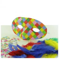 activité de bricolage enfants pour réaliser un masque de carnaval