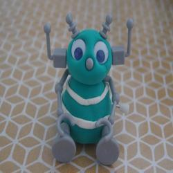 Tuto pour bricoler un petit robot à friction