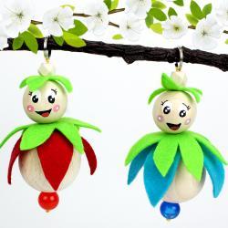 découvrez comment réaliser un joli porte clé avec une petite fée qui adore le printemps ! C'est une activité pour les grands qui seront ravis de fabriquer ce porte clés afin de l'offrir en cadeau.