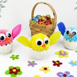 Des bricolages expliqués pour faire des poussins de Pâques avec les enfants