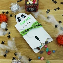 Imprimez gratuitement ce printable afin de créer la carte fantome pour Halloween. Elle est très simple et très rapide à réaliser. Vous pourrez y inscrire un petit mot ou même glisser une sucrerie !