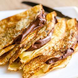 Comment faire mini-crêpes au chocolat, délicieuses et gourmandes, une recette que les petits et les grands adoreront.