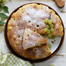 Le cake de maman est une recette de cake ultra rapide et facile à faire. Il est particulièrement adapté pour faire la cuisine avec les enfants ou à faire à la dernière minute. Recette du ca