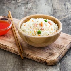 Le riz cantonais est incontournable dans la cuisine chinoise et asiatique. Retrouvez sans plus attendre la recette du riz cantonais.