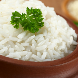 Retrouvez des recettes de riz à cuisiner pour accompagner un plat de viande ou de poisson ou par faire un repas complet.