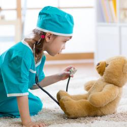 Santé des enfants et de la famille : Cette rubrique propose des conseils sur la santé enfant, l'alimentation, les vaccinations, le soleil. Les fiches de synthèses aideront les parents à répondre aux questions que leur posent les enfants sur l'alimentation