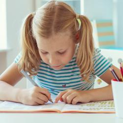 Pour aider votre enfant à apprendre, c'est important d'utiliser à la fois des supports simples, clairs et adapté.