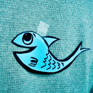 Une sélection de produits indispensable pour le poisson d'avril. Le 1er avril est le jour des blagues, voici donc une sélection d'articles sous le thème des poissons et animaux marins pour toutes vos créations du 1er avril. Il y en a pour tous les goûts e