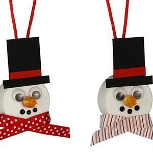 Un tuto pour apprendre à fabriquer un bonhomme de neige avec une bougie LED