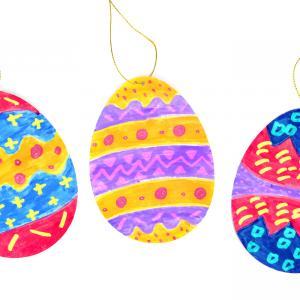 Découvrez aujourd'hui une nouvelle technique pour décorer des œufs de Pâques en carton avec... des feutres MAGIQUES !!  Une technique simple, idéale pour les plus petits étant donné qu'il suffit simplement de passer le feutre magique sur