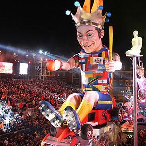Une selection de bricolages de Carnaval comme à Nice. Des bricolages de carnaval autour des fleurs pour se déguiser et s'amuser comme au Carnaval de Nice