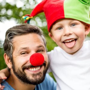 carnaval - mot du glossaire Tête à modeler.  Définition et activités associées au mot carnaval.