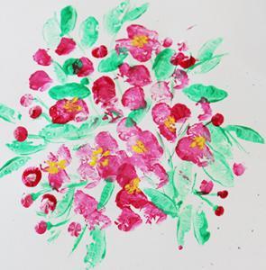 Un bricolage pour peindre un cerisier au printemps lorsqu'il est en pleine floraison. La peinture du cerisier de printemps se fait à la pomme de terre et aux doigts. Les enfants pourront s'amuser à peindre une branche, un bouquet de fleurs de cerisier o