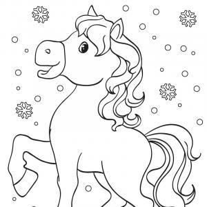 Un coloriage de cheval à télécharger et imprimer gratuitement pour tous les petits amoureux du monde équestre.