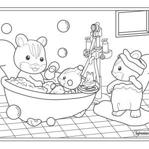 Un dessin à imprimer de la famille écureuil qui prend son bain