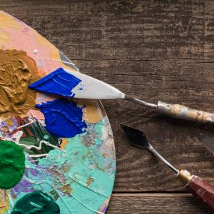 Acrylique: Mot du glossaire Tête à modeler. L'acrylique est une fibre textile réalisée à partir de produits chimiques.