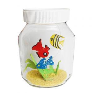 Explications pour la fabrication d'un aquariume et ses petits poissons ,. Un bricolage facile amusant pour un joli objet décoratif fait à partir de matériaux recyclés