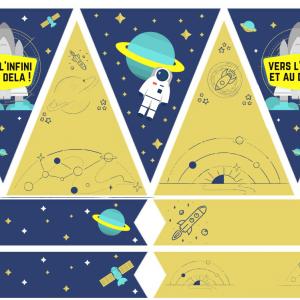 Printables pour un anniversaire sur le thème de l'espace à imprimer pour organiser votre anniversaire spatial ! Des fanions a accrocher sur une ficelle et des cake toppers à plier en deux et à mettre sur des cure dents afin de décorer vos gateaux.