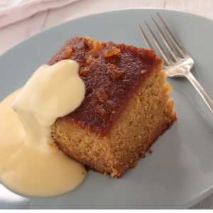 Gâteau au Yaourt et zeste d'orange. Une recette du gâteau au yaourt qui allie la légèreté du célèbre gâteau au yaourt et la finesse de l'orange. Un gâ