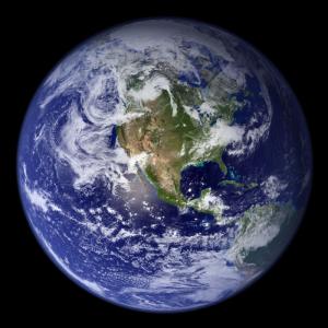 Au cours des siècles la connaissance de la terre par les hommes qui l'habitent a bien évoluée ! Il faut attendre l'astronome polonais Nicolas Copernic pour que les bases de l'astronomie moderne soient posées. Ve