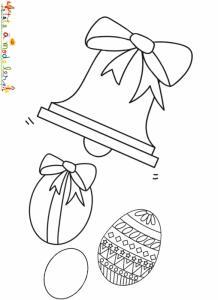 La cloche de Pâques lance les oeufs