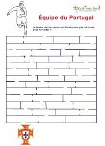 Labyrinthe de foot du Portugal à imprimer