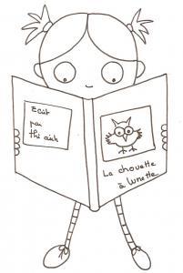Nana lit le livre de la chouette
