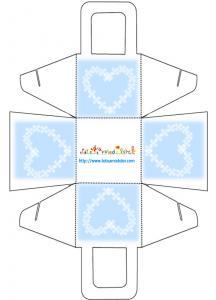 Panier cadeau bleu et coeur à imprimer