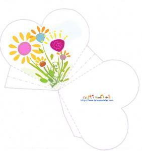Pochette à dragées coeur décorée de fleurs