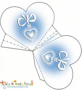 Pochette dragées bleue motif médaille