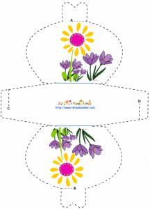 Modèle d'une pochette cadeau motif fleur et crocus