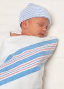 Développement de bébé à 1 mois
