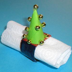 Réliser un anneau de serviette sapin