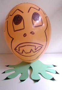 monstre ballon d'halloween orange