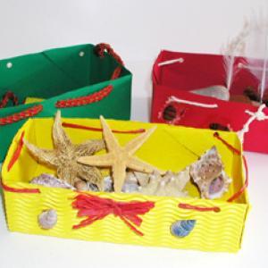 Fabriquer des boîtes à trésors de vacances