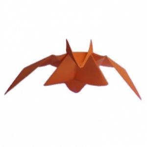 pliage d'une chauve souris en papier