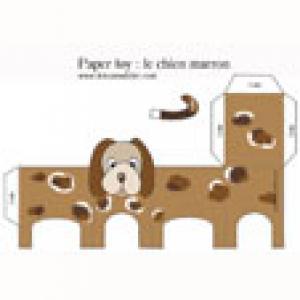 Un paper toy chien marron à imprimer