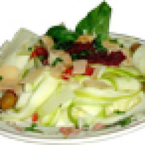 Salade de tagliatelles de courgette et jambon cru et coeur d'artichaut