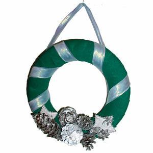 Fabriquer une couronne bienvenue verte