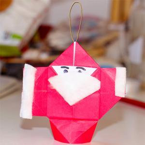 Décoration Père Noël origami