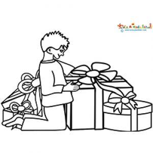 Garçon et les cadeaux
