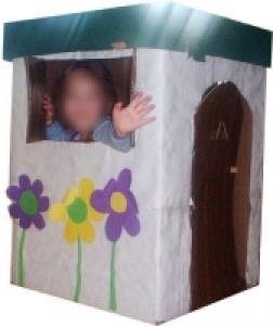 Retrouver les jouets de toujours en fabriquant une Maison en carton