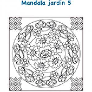 Mandala de fleurs avec petites rosaces