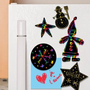 Créer ses magnets de Noël en carte à gratter