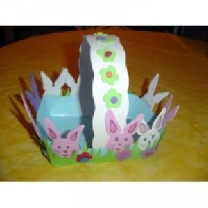 Panier de Pâques décoré de lapin