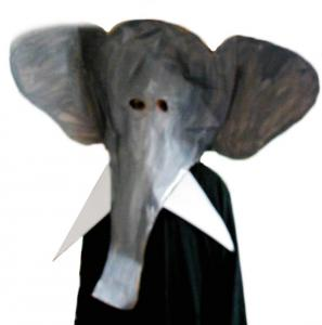 Masque géant d'éléphant
